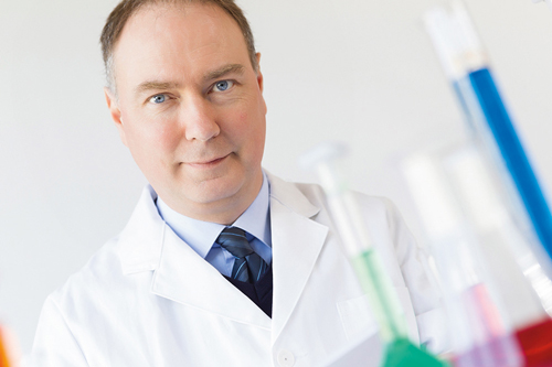Dr. Uwe Dittmar - Chemistry - Quotation marks on the right - Graphische Technik und Handel Heimann GmbH, Pferdekamp 9, D-59075 Hamm