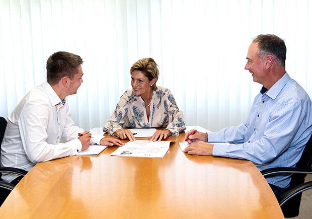 Besprechung mit Frau Sabine Heimann und Dr. Uwe Dittmar - Graphische Technik und Handel Heimann GmbH, Pferdekamp 9, 59075 Hamm