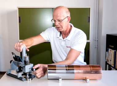 Calibration of a cylinder - Quotation marks on the right - Graphische Technik und Handel Heimann GmbH, Pferdekamp 9, D-59075 Hamm
