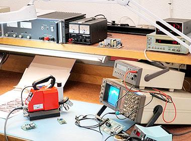 Device calibration - Quotation marks on the right - Graphische Technik und Handel Heimann GmbH, Pferdekamp 9, D-59075 Hamm